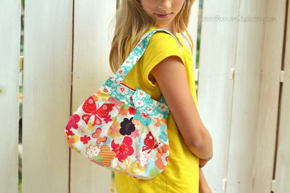Girl's pleated purse in Moda Just Wing It