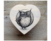 "Valentine - Wood Heart Chest  handpainted "" Owl """