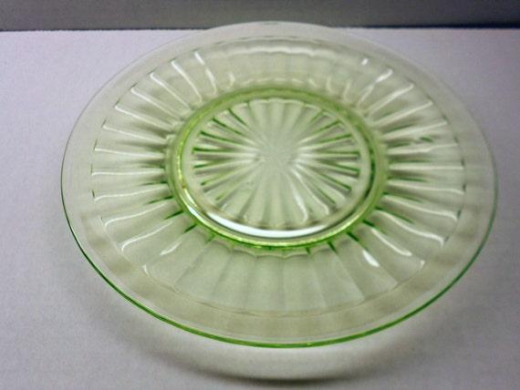 Pillar Optic Luncheon Plates - Set of Four