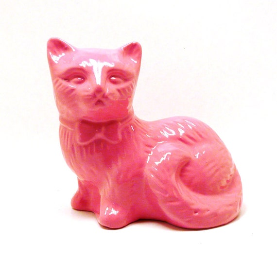 pink cat figurine  //  mod, upcycled ceramics, kitsch cats, funky home decor, bubblegum pink accents, home accessories