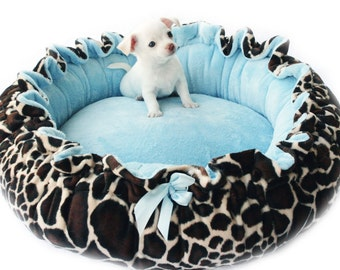 Giraffe Print Minky Pet Bed