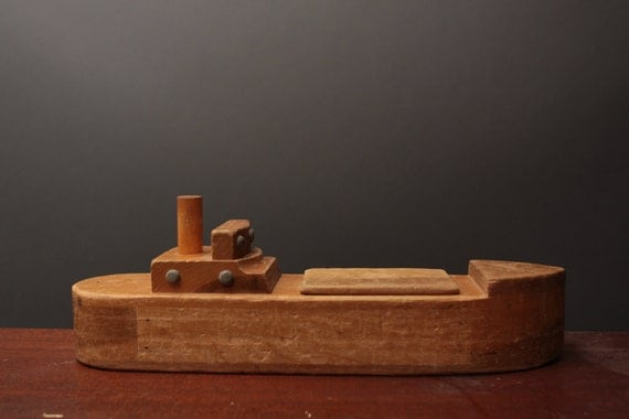 Vintage wooden toy ship / boat w/ secrete compartment - Made by Creative Playthings