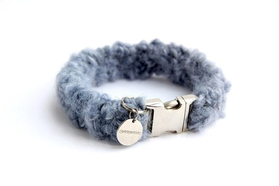 Dog collar : wool with genuine freshwater pearls & grey agate