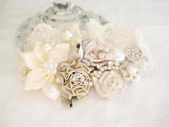Vintage-Inspired Ivory Bridal Hair Clip-  Floral Wedding Hair Accessory - Wedding Hair Accessories- Lace- Brass Boheme- Flower Hair Clip