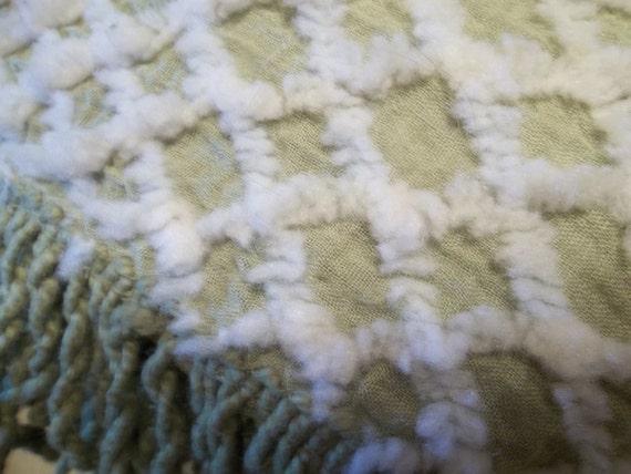 Vintage Chartreuse Chenille Bedspread / Chenille Bedspread Twin Size / Twin Size Chenille Bedspread