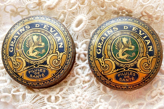 Gorgeous, highly detailed antique French pill tin, Grains d'Evian, excellent condition