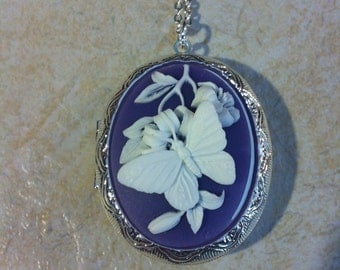 Kawaii Locket Lavender & White Butterfly Cameo Ladies Silver Filegre art designer Necklace Pendant