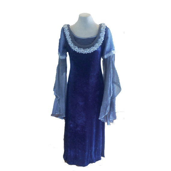 Lord of the Rings Arwen Requiem Dress