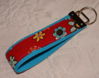 Pretty Handmade Wristlet Keychain Key Holder Dark Red & Bright Blue ~ Flower Power Daisies
