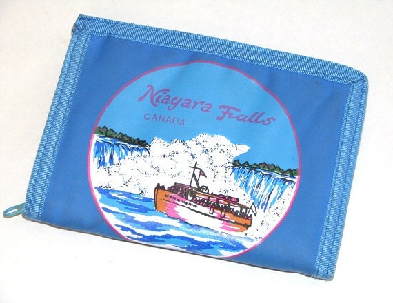 Vintage 80s 90s Blue Faux Leather Niagara Falls Maid of the Mist Zip-Around Wallet