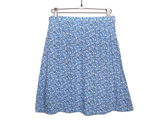 Vintage 90s Blue Tiny Floral Printed A-Line High-Waist Skirt by VINTAGE STUDIO