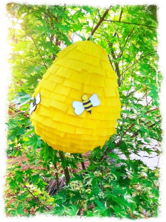 Buzzy Bee - Beehive Pinata