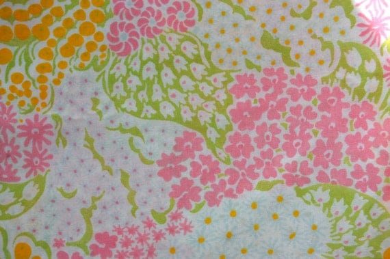Vintage Bed Sheet Fat Quarter - Pink, Yellow, and Green Floral