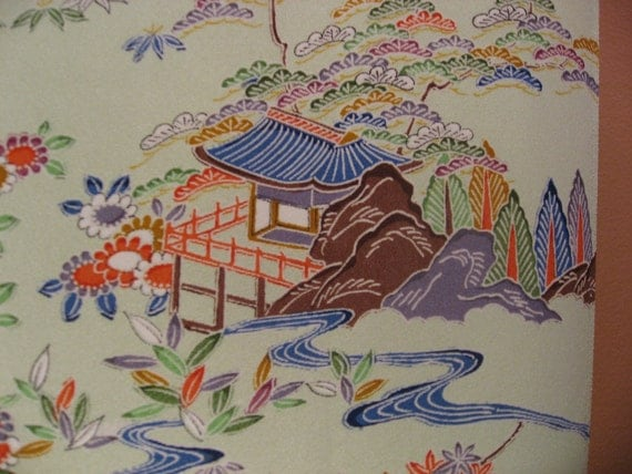 Silk Kimono/Obi Fabric Vintage Cheerful light Pagoda motif on a Minty Green