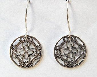Silver  Disc Earrings   | Filigree  |  Lightweight