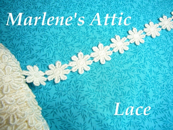 Ivory Daisy lace, 1 yard of 1 inch Ivory Daisy Flower Venise lace trim for scrapbooking, jewelry, couture by MarlenesAttic - Item FW