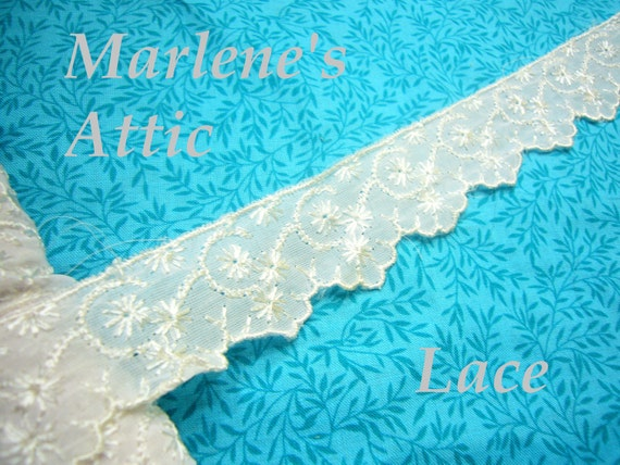 SALE 1 yard of 1 1/4 inch Vintage White Embroidered Lace Trim for bridal, baby, couture, hair acc, lingerie by MarlenesAttic - Item GI