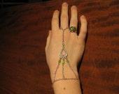 Wrist-Finger Bracelet