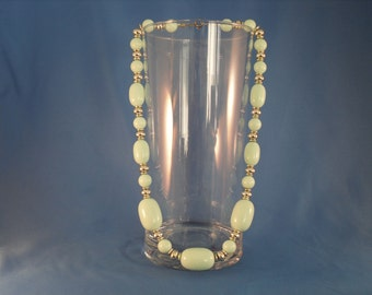 Vintage soft mint and silver beaded Necklace. (N21)