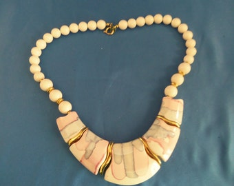 Retro beaded choker necklace  white pink and blue design. (N47)