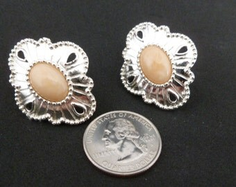 Vintage silver and soft peach center stone pierced earrings. (P85)
