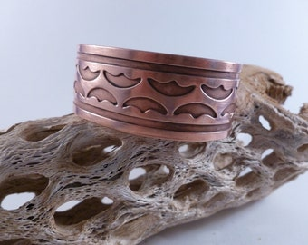 Solid Copper Bracelet with cut out detail. (B13)