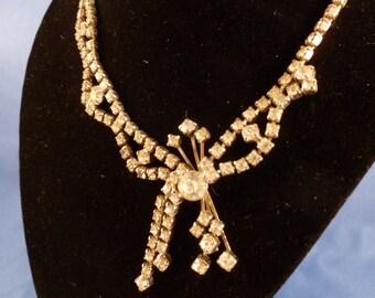 Vintage Rhinestone necklace. (N65)