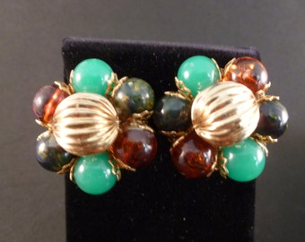 Reduced Green and Amber beaded clip earrings (C98)
