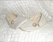 Off-White Linen Baby Loafer Crib Shoe