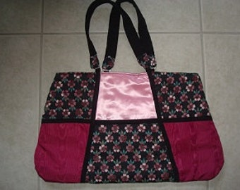 Large Purse-Handbag-Tote--Very Unique--My Laptop Fits Perfectly--Free Shipping in U.S.