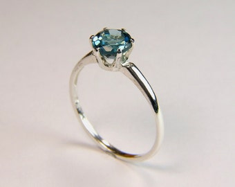 6mm London Blue Topaz, Round Cut, 1.00 carats, Sterling Silver Ring