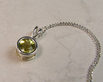 Citrine (Oro Verde Citrine), 8mm x 1.76 Carats, Round Cut, Sterling Silver Pendant Necklace