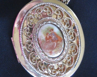 Splendid French Victorian Style Porcelain Cameo Locket with Filigree Designs