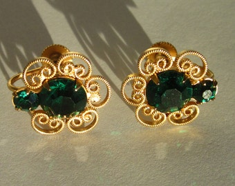 Vintage Emerald Green Ornate Gold Earrings with Screwback