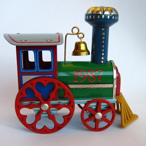Vintage Hallmark Keepsake Christmas Ornament Tin Locomotive Train 1987 6th in the Series