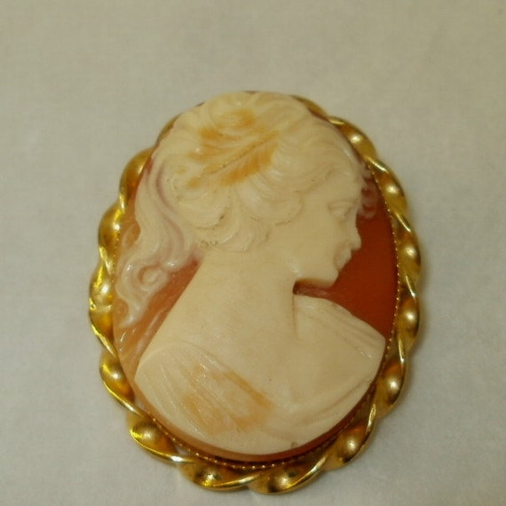 Vintage Large Cameo Carved Brooch Pin Lady Woman