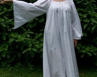 Women's Renaissance Linen Chemise
