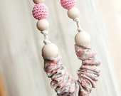 Teething Necklace - Nursing necklace - choose your color - linen ruffle
