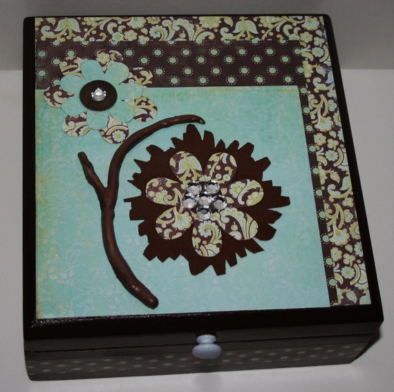 BLUE and brown decoupaged DECORATED home decor flower cigar BOX