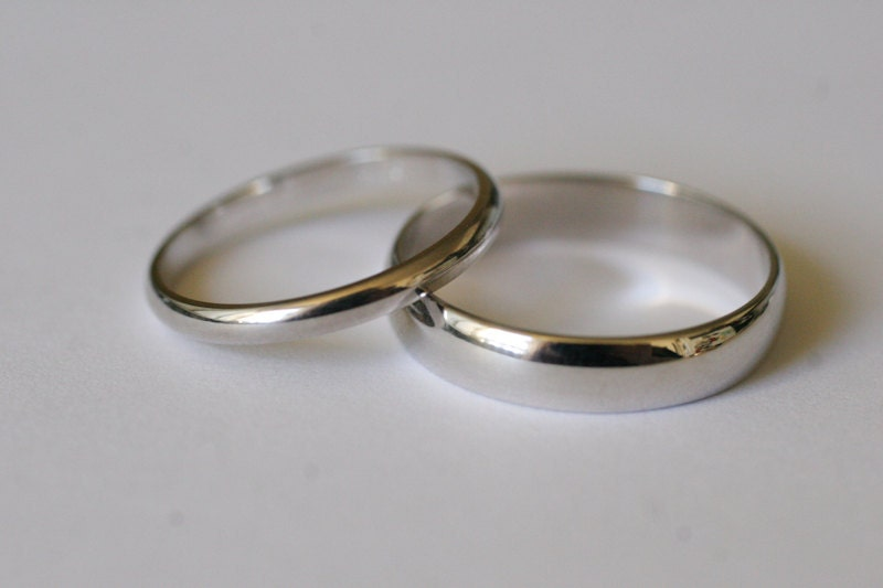 10k white gold half wedding band set 2 rings by commitme