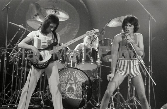 Queen 8X12 Photo 1977                                                           Image registered at the United States Copyright Office
