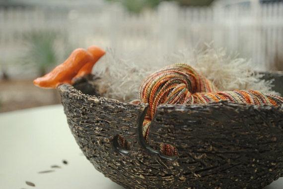 Knitting Bowl for Multiple Skeins in Olive Bird's Nest
