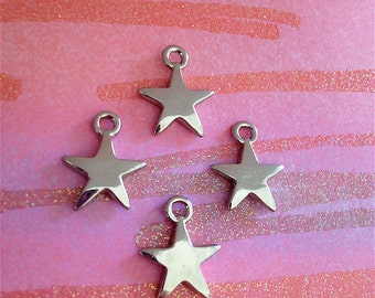 Shiny Star Charms --4 pieces-(Antique Pewter Silver Finish)--style 877-Free combined shipping