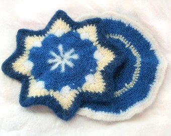 SALE - 25% OFF -- Vintage Style Potholders - set of 2 - Blue, Yellow, White - felted crochet - Star, Retro, Kitsch, Cottage, Hot Pad