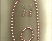 Coupon Code BeadT10 Pink and Mauve Pearl Necklace Set. Free keychain with purchase Recieve 10% off