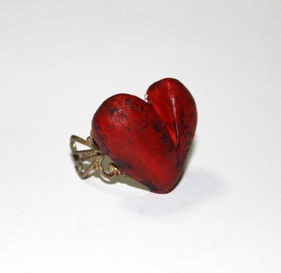 Love Ring, red heart on bronze baroque adjustable base