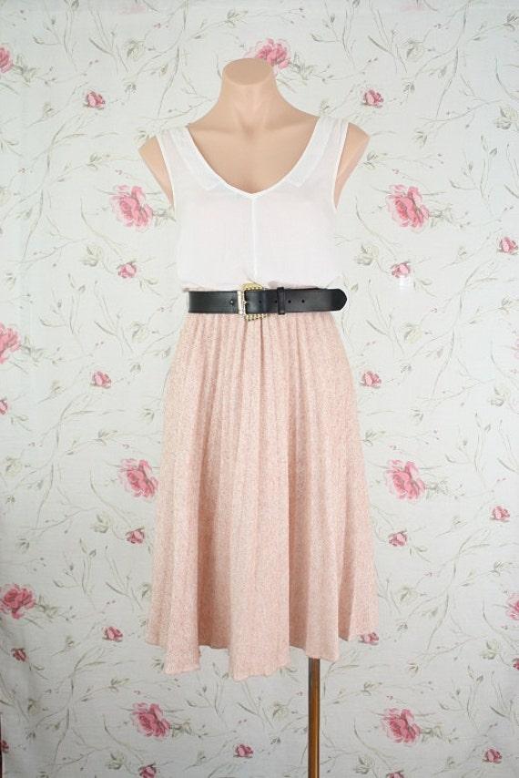Vintage wool skirt in peachy pink knit M-L