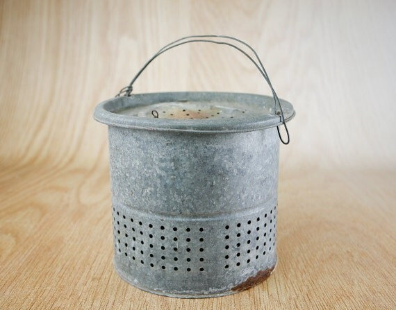 Rustic galvanized bait bucket by lazydaysrelics on etsy for Galvanized well bucket