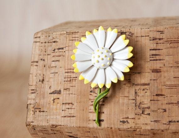 Enamel White Daisy Brooch w/ Yellow Petal Tips & Green Stem.
