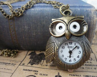 What a Hoot Vintage Style Owl Pocket Watch with Chain- (BC379)